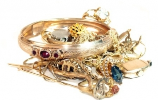 Make Money Selling or Pawning Jewelry