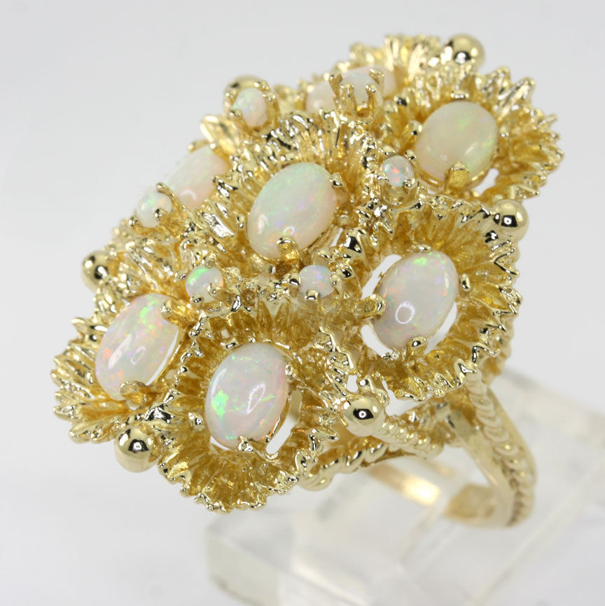 October Birthstone, Opal