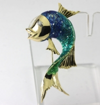 Diamond fish brooch pin