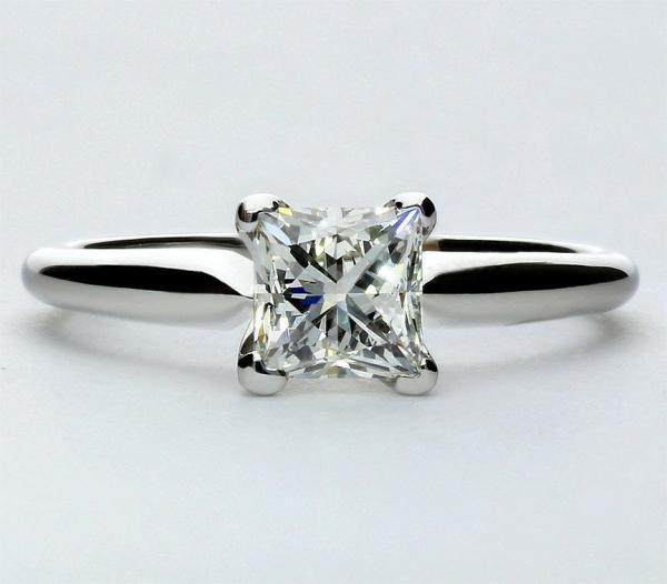 clean-diamond-ring